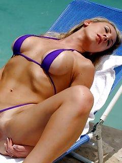 Milf in Bikini Porn Pics